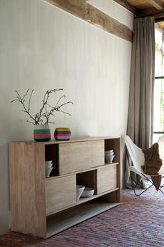 Living & Dining | Nordic OAK | Low rack, 4 sliding doors | Ethnicraft |Disponible en Manuel Lucas Muebles, Elche