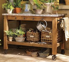 My Mother's Garden: A Potting Bench: My New Obsession