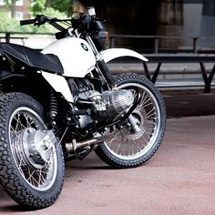 The R80 GS looks like a real scrambler should..... not like the meccano sets they sell now