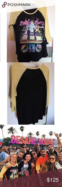 Coachella Pinkfloyd teeshirt Musician black & yellow shirt ! NO TRADE⛔️ Lauren moshi Tops Tees - Long Sleeve