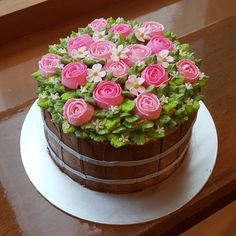 80th Birthday Cake For Grandma, 70th Birthday Cake, Creative Birthday Cakes, Elegant Birthday Cakes, Bolo Floral, Floral Cake, Beautiful Cakes, Amazing Cakes, Mothers Day Cakes Designs