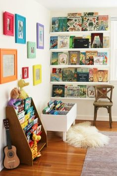 Creative Kids Reading Corner Ideas for the Home. DIY Book Bin and Shelves. Creative Kids Reading Corner Ideas for the Home. Kid's reading pods to inspire imagination and creativity; home reading nooks to provide comfort and rest. Ideas Decorar Habitacion, Reading Corner Kids, Reading Corners, Reading Nooks, Kids Corner, Nursery Reading, Corner Nook, Art Corner, Bookshelves Kids