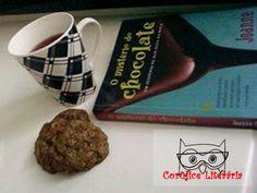 O mistério do chocolate, Joanne Fluke  Com direito a um cookie da receita do livro.