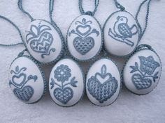 Easter Eggs embroidered with Schwalm Whitework motifs - instructions for gluing embroidery to plastic eggs