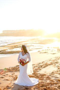 Distination Wedding_Hawaii weddings_California Weddings-83.jpg Www.coralweddings.com Bride beach flowers