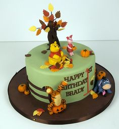 Art fall winnie the pooh birthday cake birthday-cakes