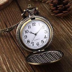 Vintage Unique Bronze Quartz Pendant Chain Necklace Clock Retro Chain Pocket Watches High Quality 5HKN