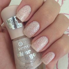 Looking for some DIY mani tips and tricks? We have a whole lot for you on the blog. www.itsabrunettekindathing.blogspot.com #nails #diy #cute #girly #notd #glitter #pretty #borrowedandblue #tipsandtricks #dosanddonts #essie #jozi #southafrica #brunette #girls