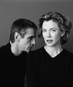 Annette Bening and Jeremy Irons Hollywood Actor, Hollywood Glamour, Classic Hollywood, Young Celebrities, Celebs, Annette Benning, Jeremy Irons, Actor Studio, Actor Model