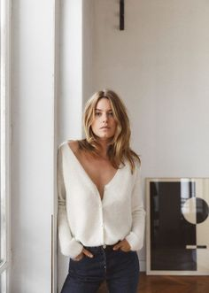 Sezane Paris Launches La Liste - Casual chic Source by veeeeesna - Casual Chic, Foto Casual, Style Casual, Casual Styles, Simple Style, Fall Styles, Style Désinvolte Chic, Mode Style, Style Me