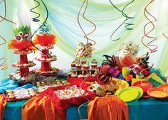 Ideias para o Carnaval    Você faz aniversário em plena época de  Carnaval ?   Ou quer reunir os amigos , familiares e a criançada para c...