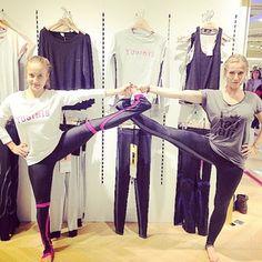 Yoga Break while shopping in Les Galeries Lafayette in Paris #yogainthect #yogabreak #yogagirl #yujgirl #yogaparis #yogawithstyle #yogaapparel #patanjali #yujspirit