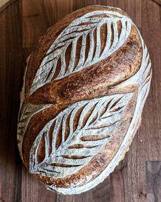 Sourdough Recipes, Sourdough Bread, Bread Recipes, Brownie Recipe Without Chocolate, Festive Bread, Artisan Boulanger, Bread Shop, Bread Shaping, Bread Art
