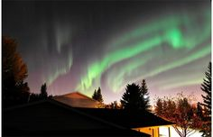Northern Lights dancing across the night sky on Oct. 8, 2012 at about 10 p.m. in Edmonton.  Photograph by: Ed Kaiser, Edmonton Journal