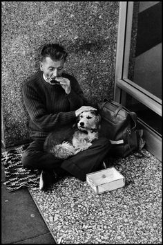 San Francisco. 1976. Elliott Erwitt