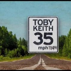 What's your ideal town @TobyKeithMusic 35 MPH Town vs @NASCAR 200 MPH Town? Lets have both! #NASCAR #Wheels can take what ever you feed us! #motorsports #MadeinAmerica #MadeinUSA #Manufacturing