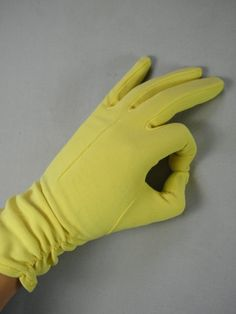 Vintage 1950s - 60s Yellow Ruched Gloves  - 9.5 inches - Size 6 1/2