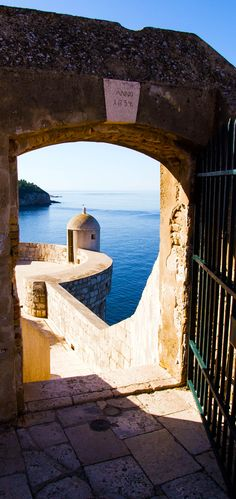 Watching spot through a gate on Dubrovnik's city wall. City walls served as film set of the Game of Thrones 15 Photos That Will Make You Fall in Love with Croatia