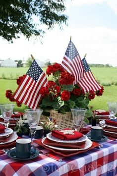 4th of July tablescapes