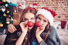 christmas photography You May Want To - weihnachten Dog Christmas Pictures, Instagram Christmas, Christmas Photography, Bff Pictures, Family Pictures, Friend Photos, Facon, Christmas Wishes, Merry Christmas