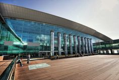 Barcelona Airport El Prat T1 | Photo: Luc Mercelis | #tourism #airport | pinned by @Laura Natiello Barcelona Tourism, Barcelona Hotels, Barcelona Spain, Barcelona Apartment, Welcome Aboard, Travel Information, Wanderlust Travel, Marina Bay Sands, Airplanes