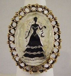 Vtg Lrg Lady Silhouette Intaglio Reverse Carved Glass Gold Tone Adj Ring 4.5 #NotMarked #Cluster