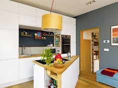 Open plan living room kitchen ideas your layout design floor Open Plan Kitchen Living Room, Open Plan Living, Master Suite, Layout Design, Design Ideas, Yellow Walls, Bar, Kitchen Decor, Kitchen Ideas