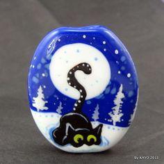 """THE SNOWFLAKE HUNTER"" byKAYO a Handmade CAT Lampwork Art Glass Focal Bead SRA"