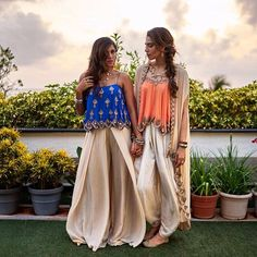 We love how @houseofmisu styles our fusion ensembles into ultra glam destination attires!!! #arpitamehta #destination wedding #fusionwear #mirrorscallop #camitoppalazzo #camidhoticape