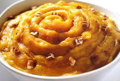 Bienmesabe es un dulce antiguo que tiene su origen  en España.
