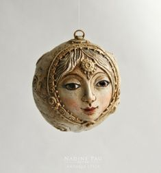 Nadine Pau - masks, dolls and ornaments.'s photos Christmas Tree Toy, Diy Christmas Ornaments, Ornaments Ideas, Clay Dolls, Art Dolls, Paper Clay Art, Paper Mache Projects, Magical Tree, Biscuit