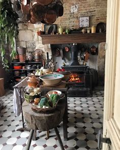 Good morning, fire is on, time to make a ☕️☕️☕️ Boho Kitchen, Rustic Kitchen, Vintage Kitchen, Kitchen Decor, Kitchen Design, Cottage Kitchens, Grey Kitchens, Country Interior, Country Decor