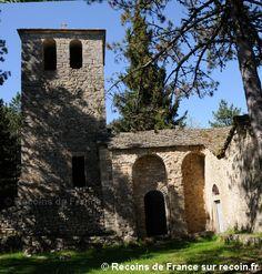 Prieuré de Saint Jean des Balmes est une balade à Veyreau, à proximité de Millau dans le département Aveyron en région Midi Pyrénées. Le prieuré de Saint Jean des Balmes fut édifié au XIe siècle sur le Causse Noir. Le prieuré de Saint Jean des Balmes est situé au croisement d'anciennes routes importantes qui reliaient Millau à Meyrueis vers les Cévennes et vers l'Auvergne par Peyreleau.