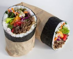 Sushinista is serving large burrito-sized sushi rolls and rice bowls based on bento box fillings — plus a twist on macaroni and cheese made with mochi cakes. Sushi Sandwich, Sushi Burger, Sushi Rolls, Bento Recipes, Healthy Recipes, Burrito Recipes, Easy Cooking, Cooking Recipes, Sushi Burrito
