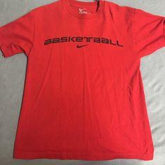 Nike shirt Size M Nike Tops Tees - Short Sleeve