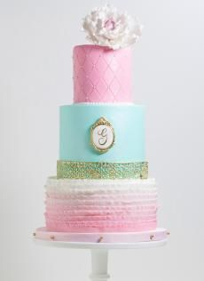 This baby shower cake is so elegant