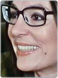 Nana Mouskouri, Her Music, Famous People, Eyeglasses, Singer, Movie Stars, Eye Glasses, Glasses, Singers