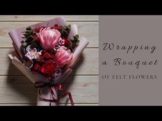 Learn how to wrap a bouquet of felt flowers in this felt flower bouquet tutorial video. Felt Flower Bouquet, Bouquet Wrap, Hand Bouquet, Diy Bouquet, Felt Flowers, Diy Flowers, Felt Diy, Felt Crafts, Chocolate Cosmos