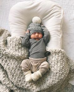 55 Cool Newborn Baby Boy Clothes Having a newborn baby boy is exciting and perhaps a bit scary as well. Many parents will want to go out and buy a whole wardrobe worth of clothes for their newborn baby. This is a mistake as the average… Continue Reading → The Babys, Cute Baby Pictures, Western Baby Pictures, Baby Kind, Baby Boy Newborn, Newborn Boy Outfits, Newborn Clothing, Newborn Winter Clothes, Winter Newborn