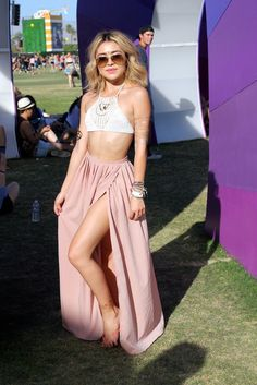 This sort of sexy-I-Dream-of-Jeannie combo was popular as well -- based on site's caption this girl may have made her crocheted halter top herself! (Coachella 2015)