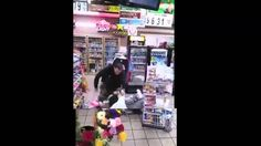 Dude Gets Cracked With A 40oz During A Fight At A Gas Station!