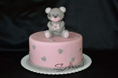 Cute cake with teddy bear Cute Cakes, Teddy Bear, Desserts, Food, Beautiful Cakes, Meal, Pretty Cakes, Deserts, Essen