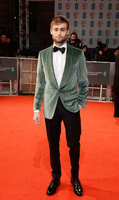 Douglas Booth at the BAFTAS looking like a million bucks