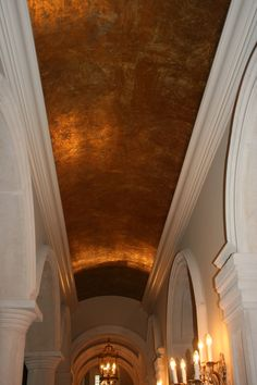 Barrel vault ceiling in foil finish, by artist Sue Solitaire Dome Ceiling, Ceiling Windows, Ceiling Beams, Ceilings, Copper Ceiling, Tudor Decor, Barrel Vault Ceiling, Ceiling Murals, Dining Room Paint