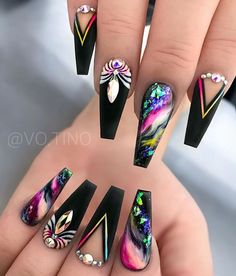 40 Pretty Nail Art Designs for Summers 2019 - Beautiful nails Best Acrylic Nails, Acrylic Nail Art, Nail Swag, Stylish Nails, Trendy Nails, Nagellack Design, Nagel Bling, Stiletto Nail Art, Coffin Nails