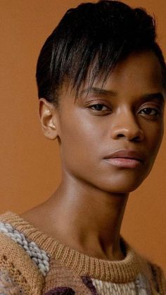 Black Women Art, Beautiful Black Women, Natural Hair Short Cuts, Model Headshots, Letitia Wright, Model Face, Beauty Shots, Grunge Hair, Pretty People