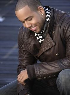 Anthony Romeo Santos ;)