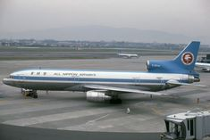 """All Nippon Airways (ANA) Lockheed L-1011 TriStar (registered JA8501) sporting the original """"Mohican"""" livery"""