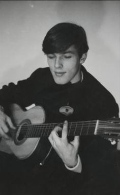 A very young David Gilmour                                                                                                                                                                                 More