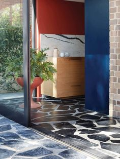 Polychrome House by Amber Road - A Vibrant Design & Celebration of Life - The Local Project Crazy Paving, Paving Design, Pastel Walls, Slate Flooring, Terrazzo Flooring, Construction, Glass Kitchen, Flagstone, Mid Century House